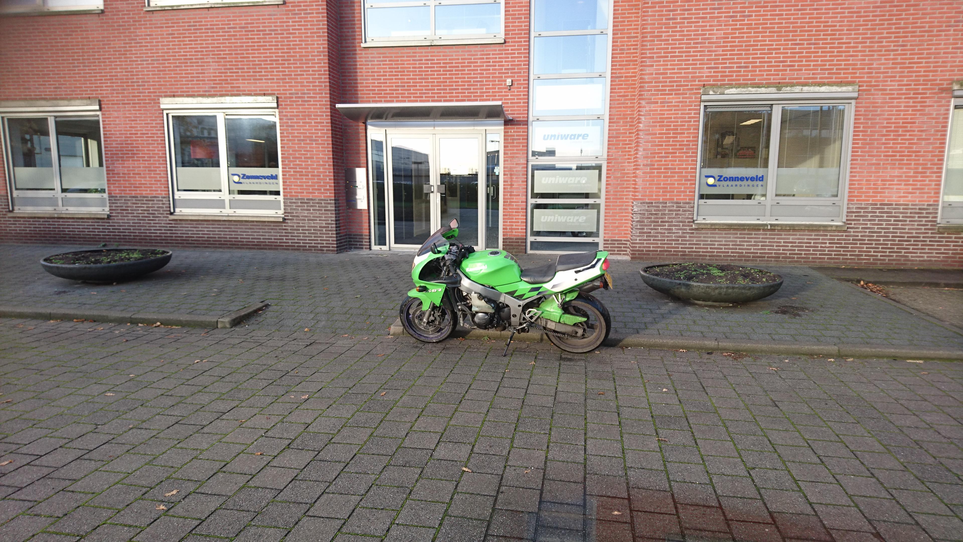 http://piczwart.nl/moto/punten/633.jpg